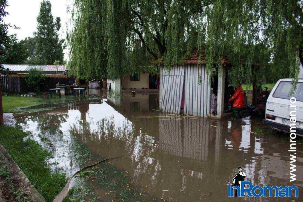 Inundatie curte Balcescu 7980