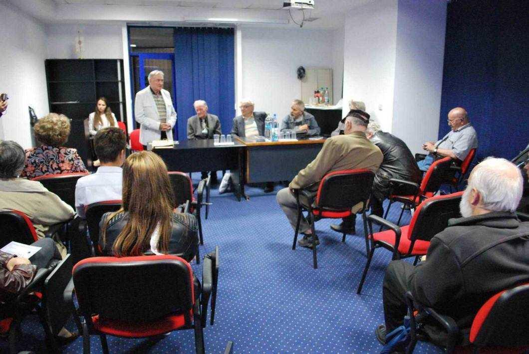 Adrian Erbiceanu lansare de carte 1