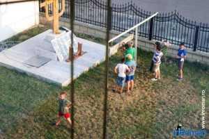 Scoala de vara la Biserica Cotu Vames 1