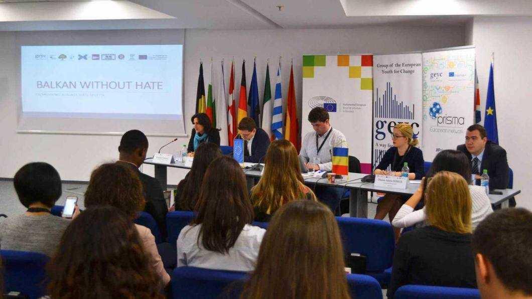 """Colegiul Tehnic """"Miron Costin"""" a avut reprezentanți la European Digital Youth Summit"""