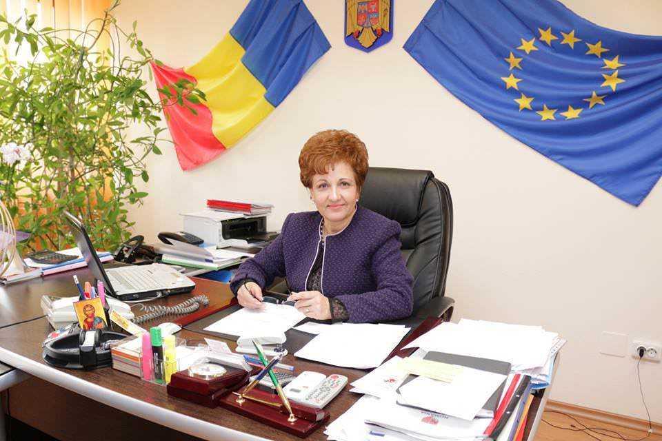"""""""Puterea la feminin"""": Prima doamnă senator a nemțenilor"""
