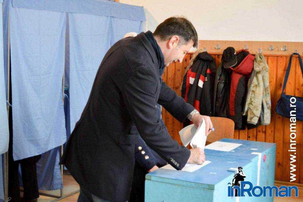 """Declarații la vot - Lucian Micu: """"Sunt încrezător că va fi un proces electoral bun"""" 1"""