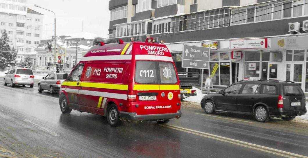"Ambulanța TIM, ""blocată"" la județ"