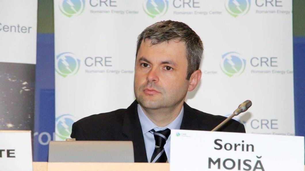 Eurodeputatul Sorin Moisă are întâlnire cu elevii romașcani