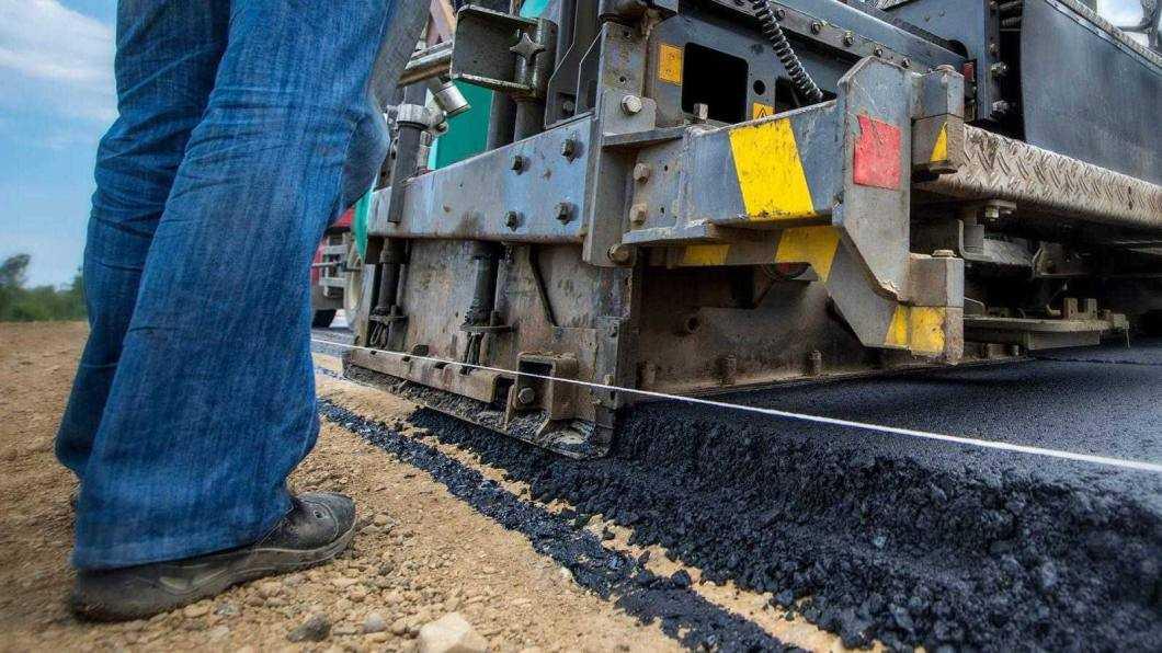 Lucrări de asfaltare testate cu analize de laborator