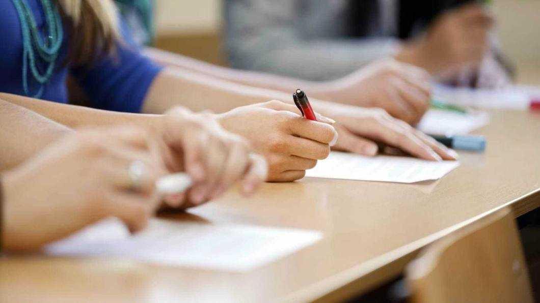Patru elevi din Neamț au susținut prima probă în cadrul sesiunii speciale de Evaluare Națională
