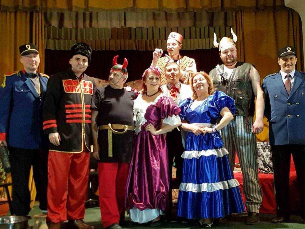 Invitație la teatru: D'ale Carnavalului