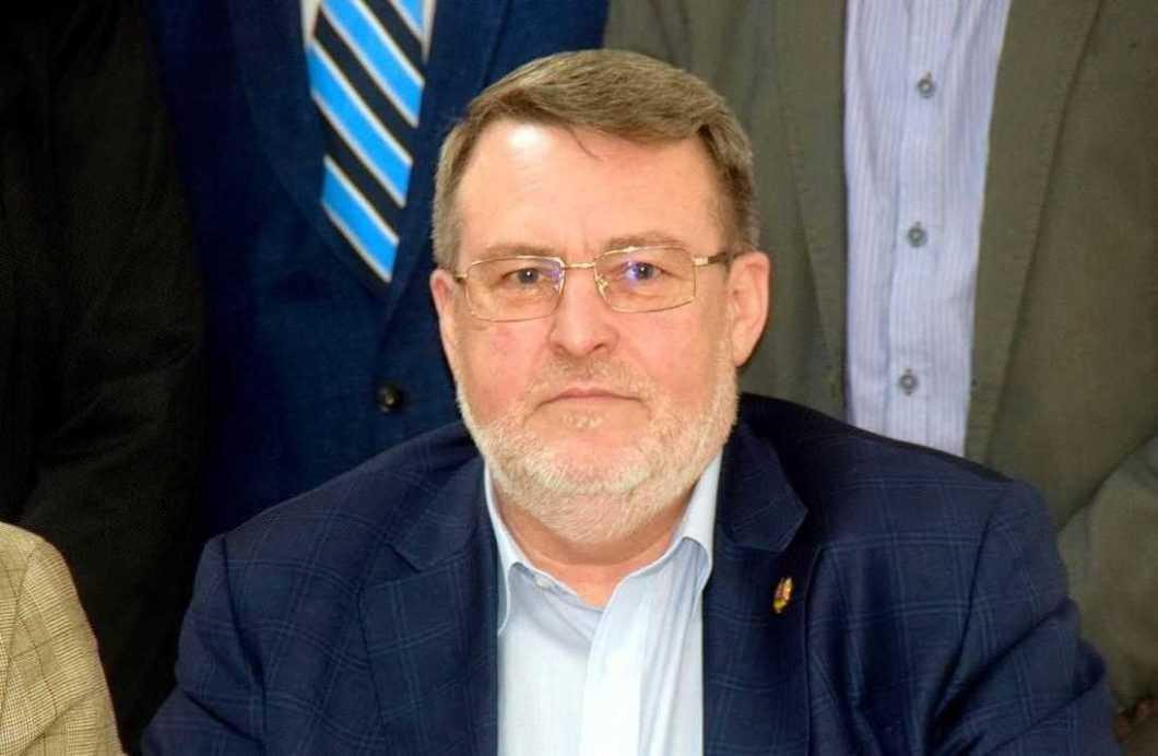 Monitorizare înRoman.ro: Senatorul Țapu, activitate modestă în Senat. Firma familiei, profitabilă