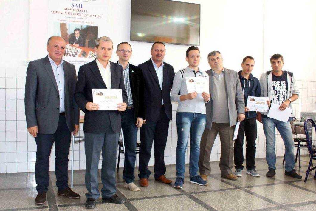 Trei șahiști romașcani obțin premii la Piatra Neamț