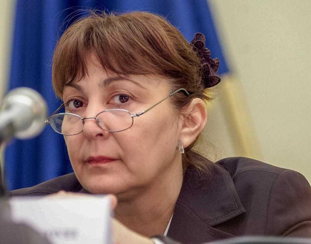 """""""Societatea fierbe, mulți români s-au schimbat în ultimii ani și ies în stradă pentru demnitate, justiție, valori, nu pentru bani"""" 4"""